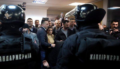 RTS je i dalje propagandna mašinerija Vučićevog režima 2