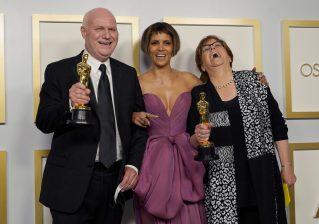 Film Nomadland pobednik na 93. dodeli Oskara (FOTO) 9