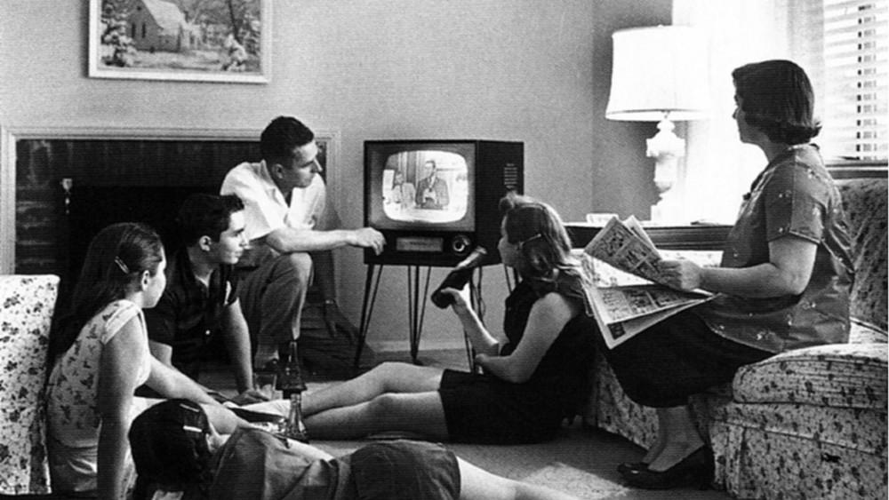 SAD (6): Masovno gledanje televizije 1