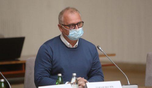 Vesić se izvinio na Fejsbuku jer je kršio epidemiološke mere na proslavi Crvene zvezde 14