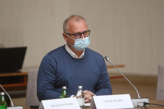 Vesić se izvinio na Fejsbuku jer je kršio epidemiološke mere na proslavi Crvene zvezde 4