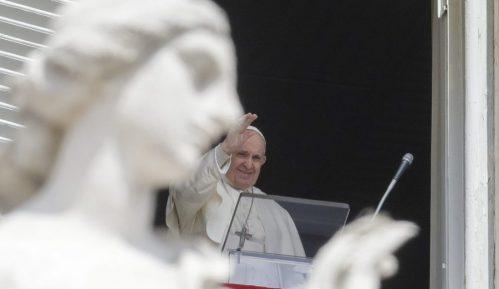Papa Franja se ponovo obraća vernicima na Trgu svetog Petra 2