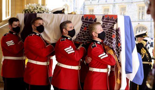 Sahranjen britanski princ Filip (VIDEO, FOTO) 1