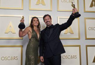 Film Nomadland pobednik na 93. dodeli Oskara (FOTO) 4