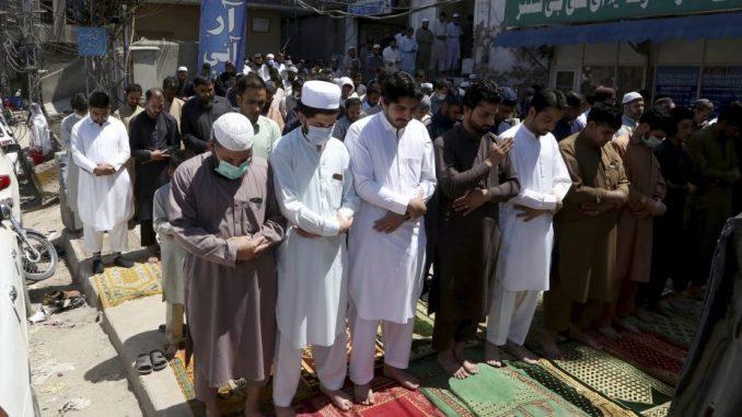 Pakistan zabeležio najveći broj umrlih od korona virusa u jednom danu 4