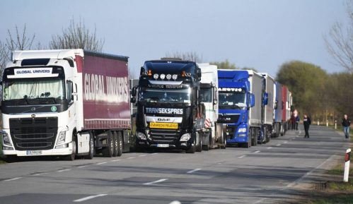 Kamioni zbog spora oko naplate parkinga ceo dan bili na Horgošu 1