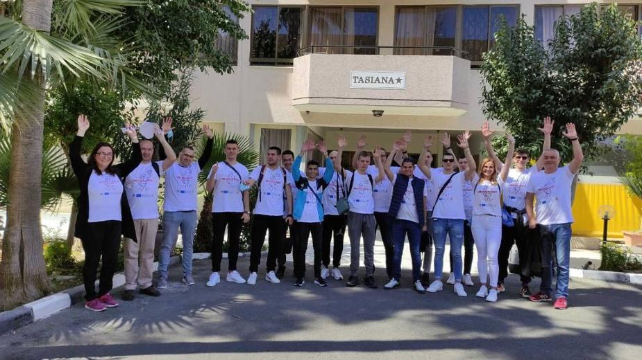 Učenici i profesori Tehničke škole iz Pirota borave na Kipru 1