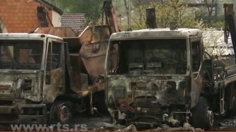Pet vozila Gradske čistoće izgorelo jutros u požaru u Beogradu 1
