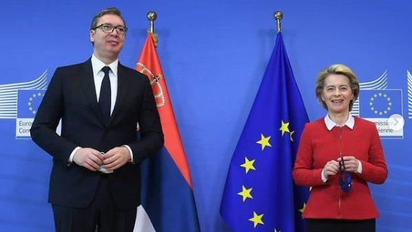 Vučić u Briselu razgovarao sa Fon der Lajen, Boreljom i Varheljijem 3