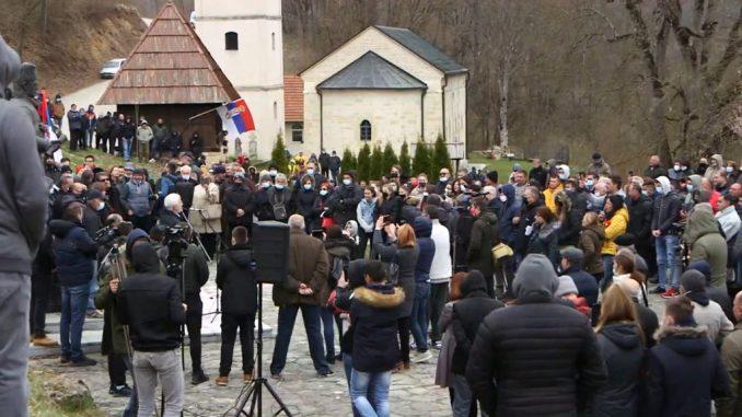 Protest u Dobrinji zbog litijuma: Ne damo da nam trujete vodu, zemlju i vazduh 3