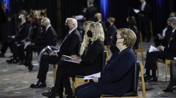 Nemačka odaje počast za gotovo 80.000 umrlih u pandemiji 5