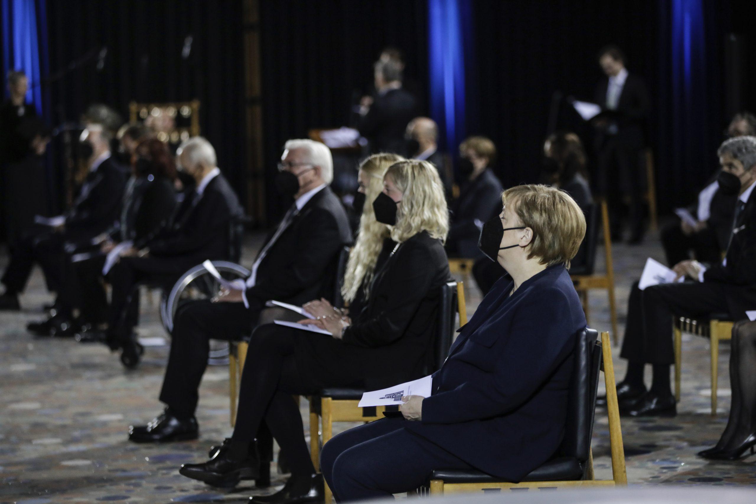 Nemačka odaje počast za gotovo 80.000 umrlih u pandemiji 1