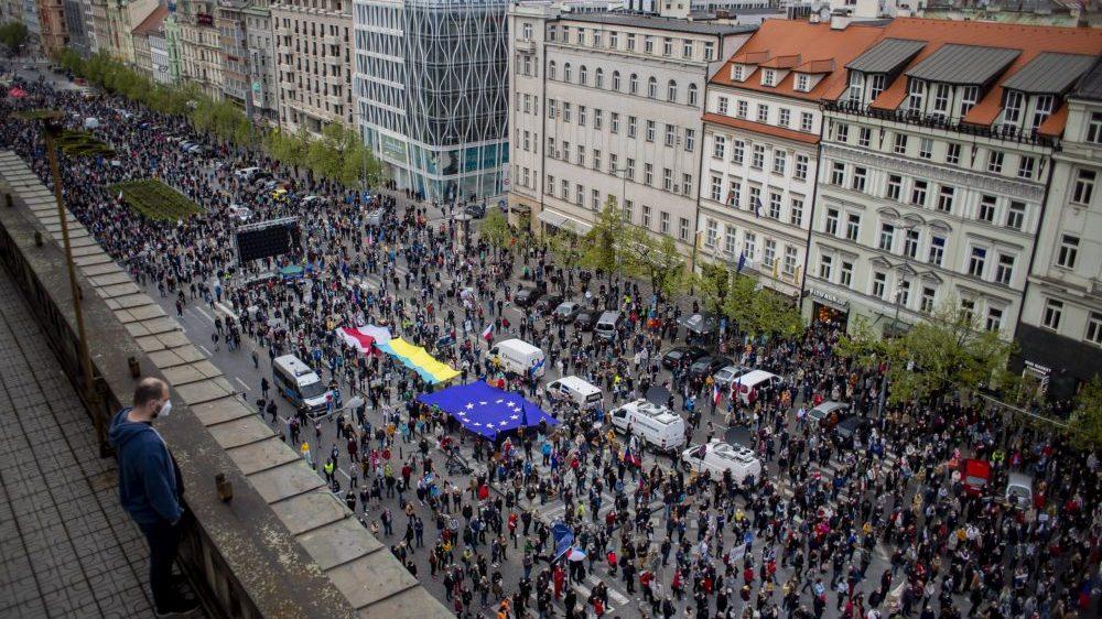Hiljade Čeha na ulicama u protestu protiv predsednika Zemana