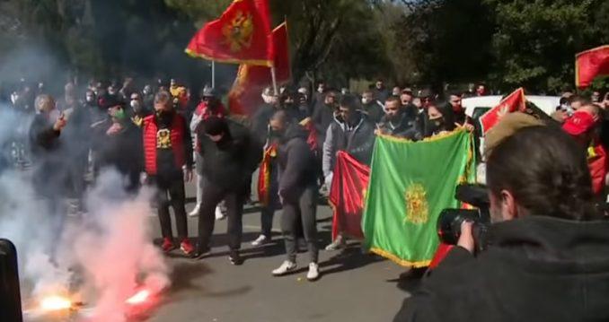 Uklonjene blokade puteva nakon protesta u više gradova u Crnoj Gori 5
