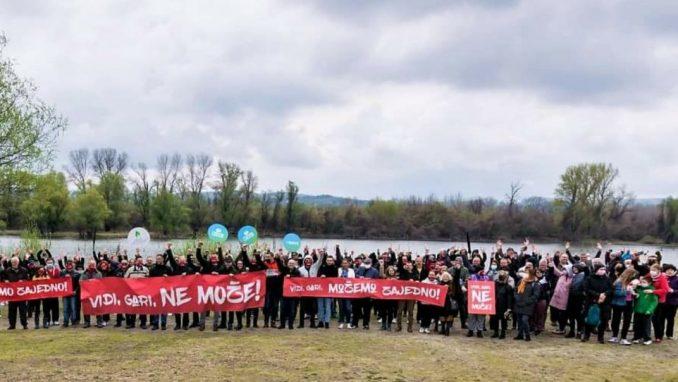 Održan novi protest 'Vidi, gari, možemo zajedno', protiv gradnje 'Novog Sada na vodi' (VIDEO, FOTO) 3