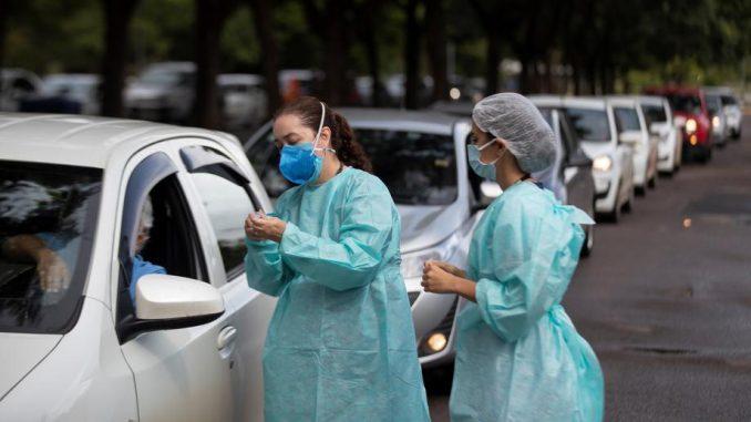 Broj mrtvih od korona virusa u Brazilu prešao 400.000, ali sistem više nije pred pucanjem 5