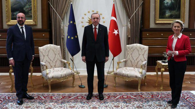 Mario Dragi: Erdogan hteo da ponizi Ursulu fon der Lejen 5