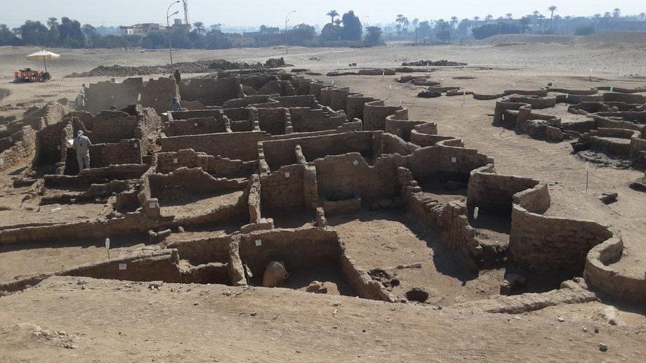 U Egiptu pronađeno 250 grobnica starih više od 4.000 godina 1