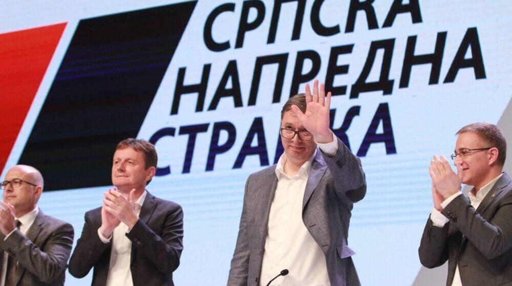 Naprednjaci drže Glavni odbor prvi put bez Vučića 1