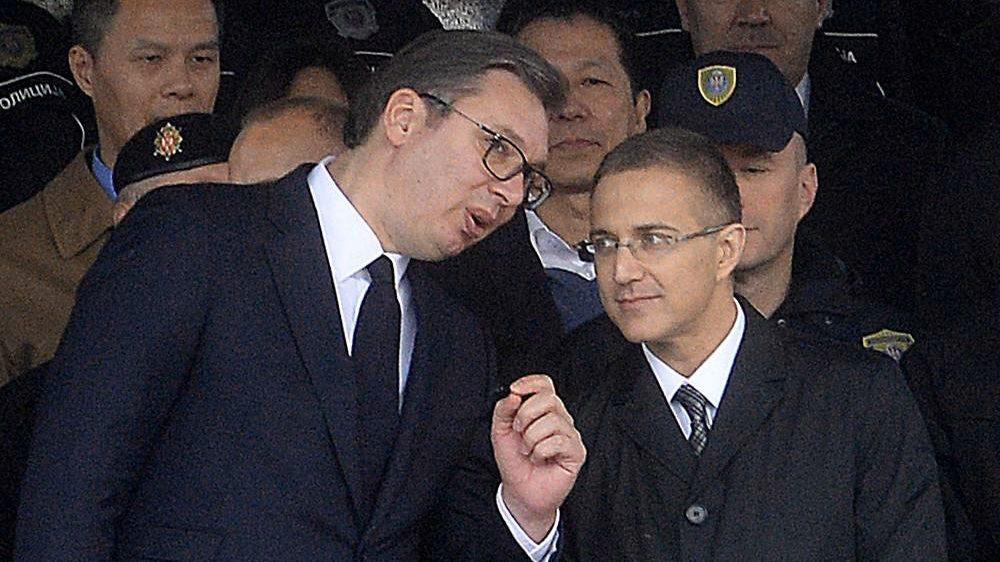 Stefanović sklonjen zbog prisluškivanja, a i dalje kontroliše tajne službe 1