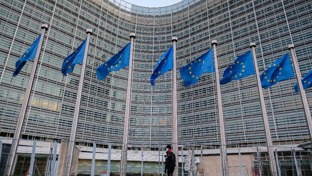 Vučiću i SNS odgovara Srbija van EU 1