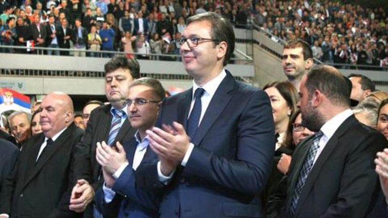 Gotovo jednoglasno nepoverenje Nebojši Stefanoviću? 1