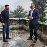 Vučić priznao da loše stoji u Beogradu 12