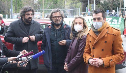 Ko je u Beogradu glavni takmac naprednjacima uoči izbora? 1
