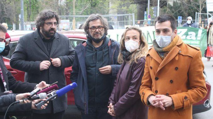 Ko je u Beogradu glavni takmac naprednjacima uoči izbora? 4