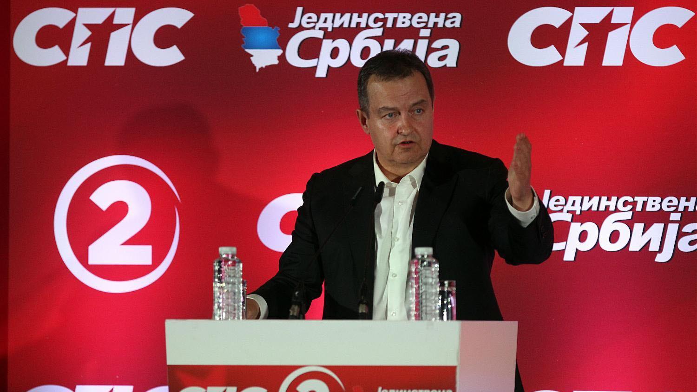 Opstanak Dačića zavisi isključivo od milosti Vučića 1