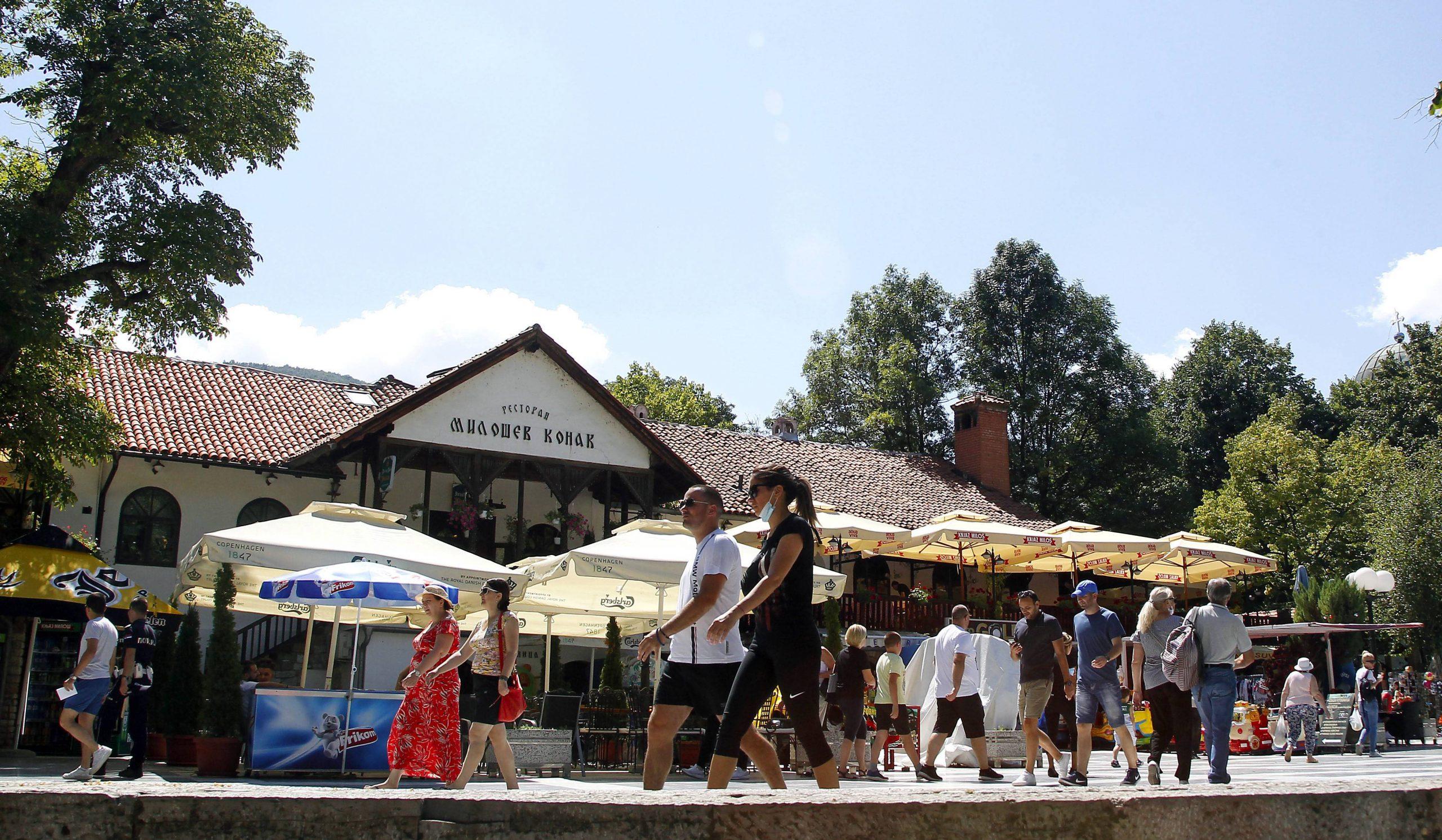 Veliko interesovanje građana za subvencionisani odmor u turističkim mestima Srbije 1