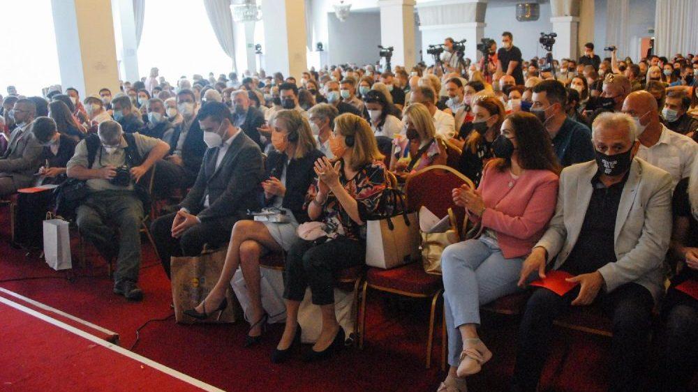 Rasprava i koškanje na Izbornoj skupštini UNS-a 1
