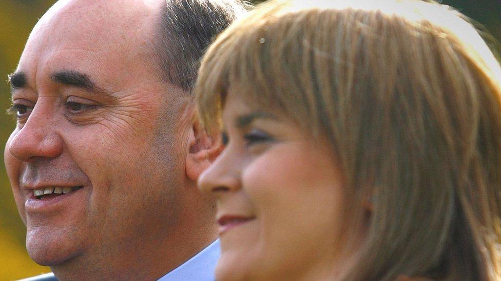 Sterdžen i Salmond