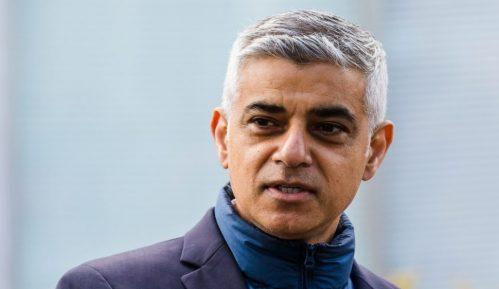 Sadik Kan: Ponosan na London 8