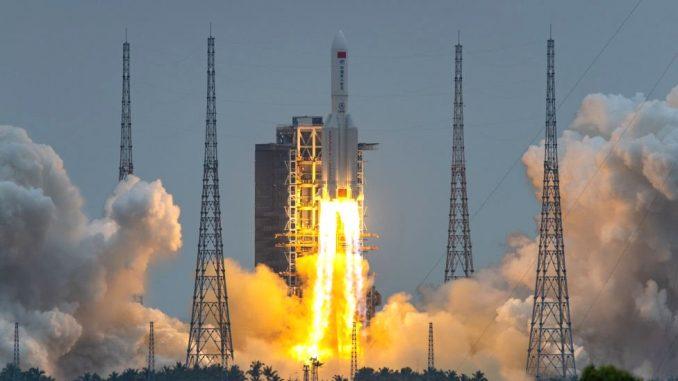"""Svemir i Zemlja: Kineski raketni otpad se """"raspao nad Indijskim okeanom"""" 5"""