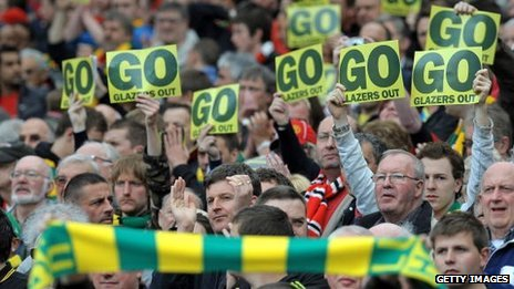The 2010 Man Utd v Stoke game featured an anti-Glazer protest