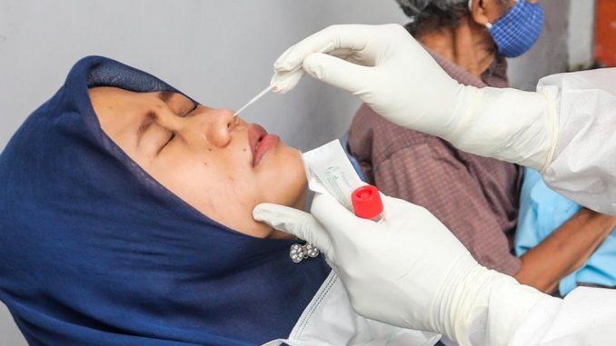 Korona virus, testovi i Indonezija: Oko 9.000 putnika testirano korišćenim štapićima za briseve 3