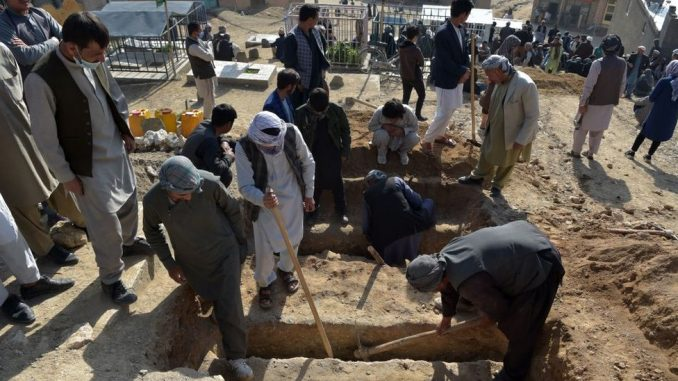 Avganistan i napad u Kabulu: Eksplozija bombe blizu škole odnela više od 50 života 4