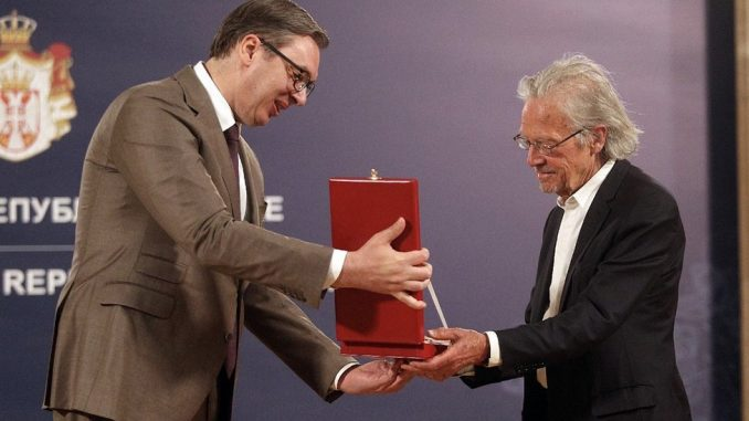 Srbija, ordenje i Peter Handke: Šta je Karađorđeva zvezda, koja odlikovanja dodeljuje Srbija i ko su laureati 3