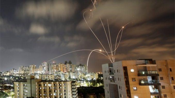 """Izrael, Palestina i nasilje: Više od 70 mrtvih, stradala i deca, rakete samo lete, strah od """"rata u punom obimu"""" 5"""