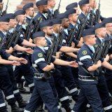 Francuski vojnici ponovo upozoravaju na građanski rat 3