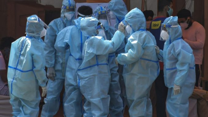 Pad broja slučajeva zaraze korona virusom u Indiji 5