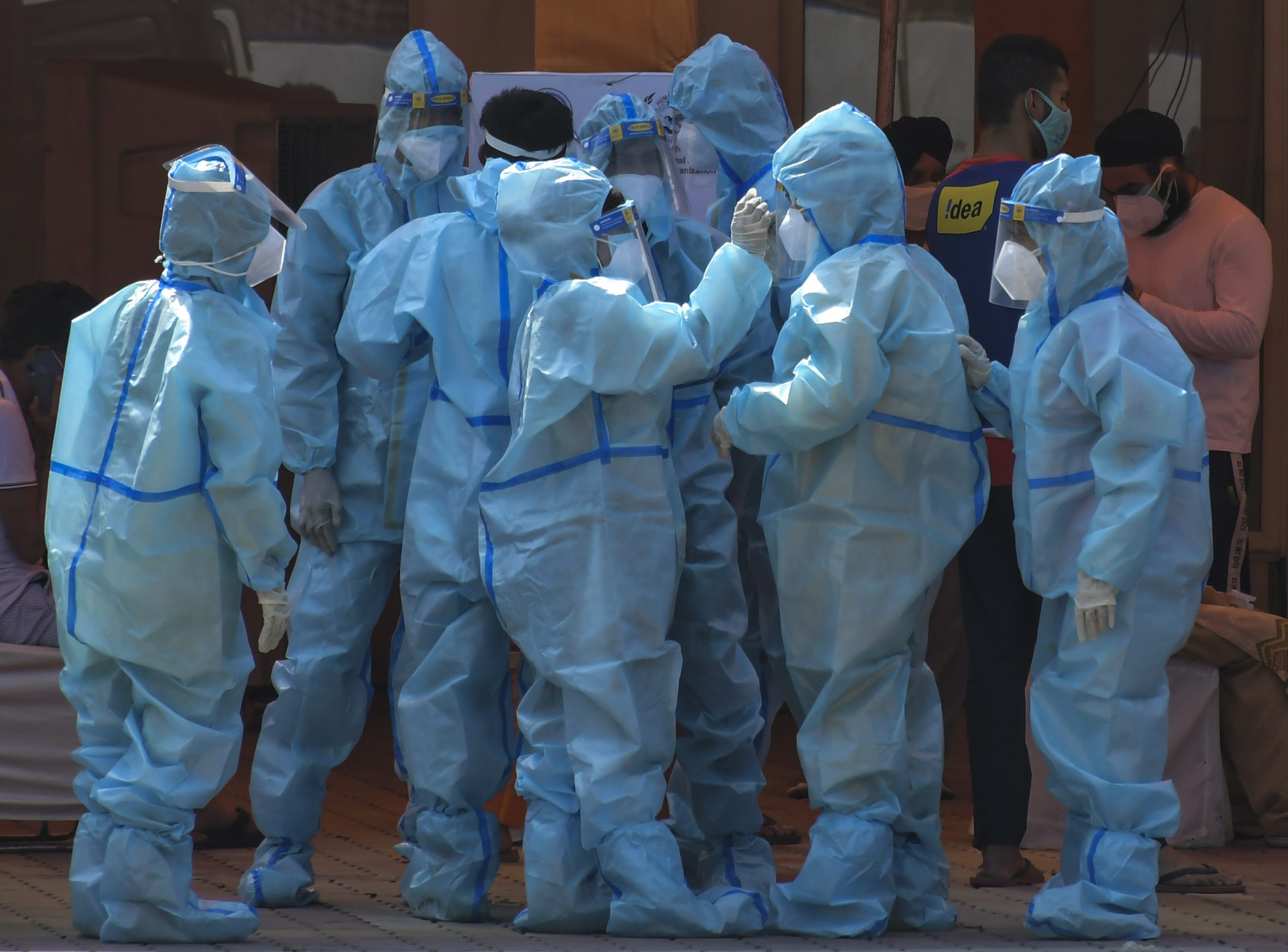 Pad broja slučajeva zaraze korona virusom u Indiji 1