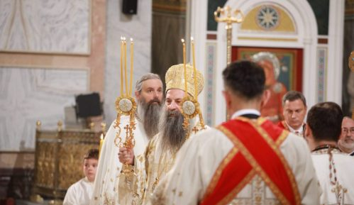 Patrijarh Porfirije služio uskršnju liturgiju u Hramu Svetog Save 9