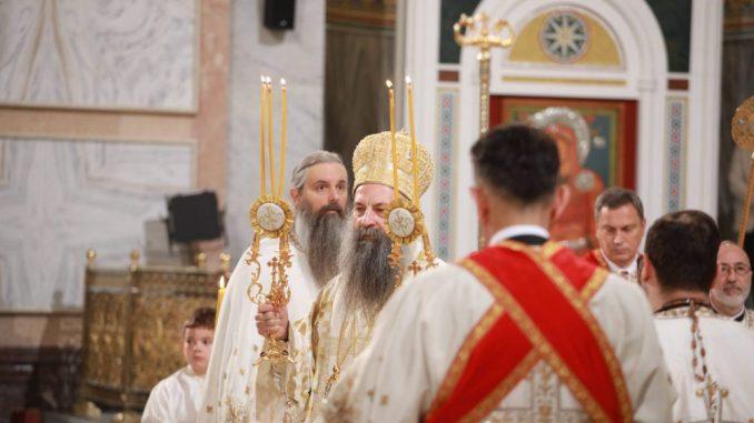 Patrijarh Porfirije služio uskršnju liturgiju u Hramu Svetog Save 4