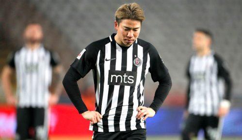 Takuma Asano: Pobegulja ili profesionalac 4
