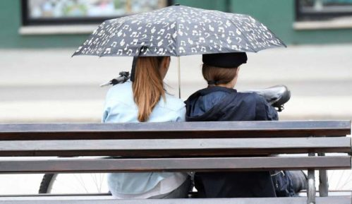 U Srbiji sutra oblačno, ponegde pljuskovi i grmljavina 1