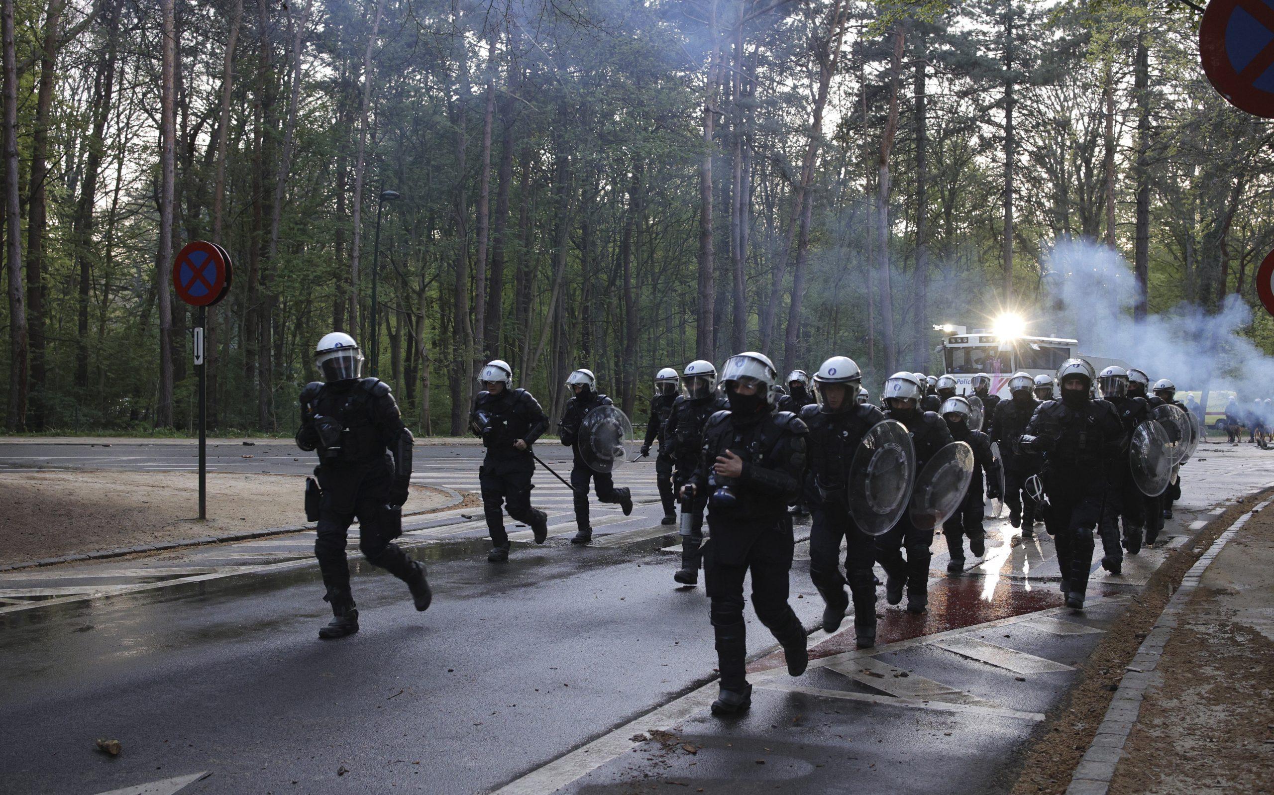 Belgijska policija privela 132 osobe, 15 povređeno na protestu protiv korona mera 1