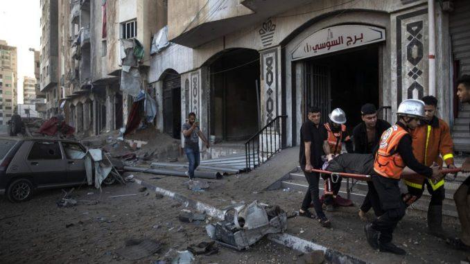 Izraelski borbeni avioni srušili najveću višespratnicu u gradu Gazi, Palestina raketirala Tel Aviv i Beršebu 3