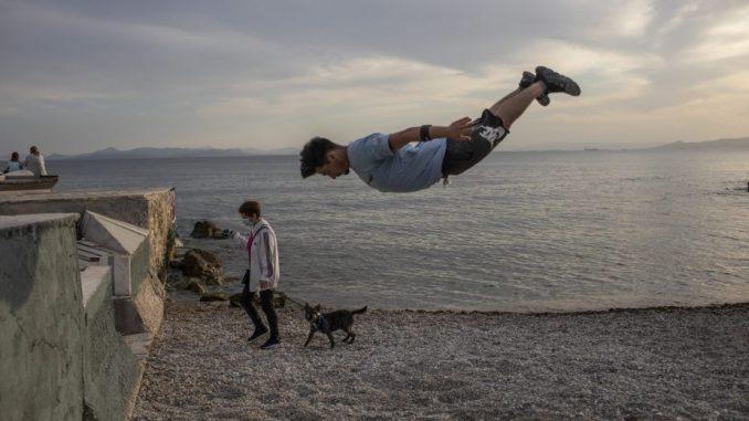 Grčka sutra ponovo otvara privatne plaže, sledeće nedelje muzeje 4